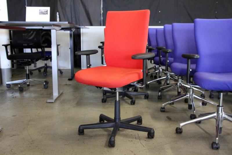 Vitra Axess Plus Logistik Bürodrehstuhl Stoff / Rot