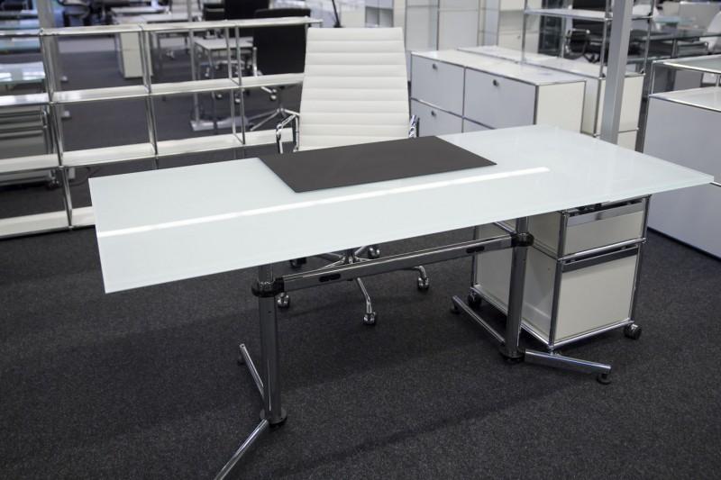 USM Kitos Schreibtisch Glas / Weiß 180 x 80 cm
