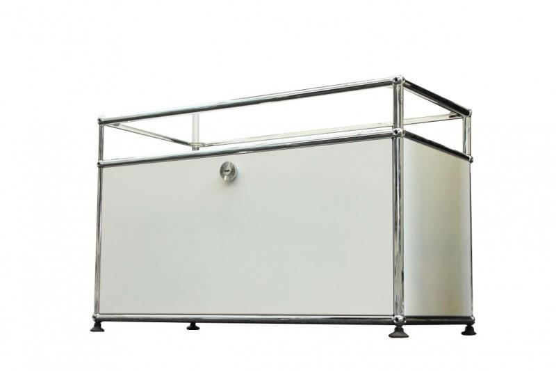 USM Haller TV-Board / Lowboard mit Glastablar Reinweiß RAL 9010