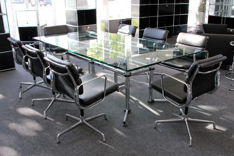 USM Kitos Conference Table / Clear Glass 240 x 120 cm