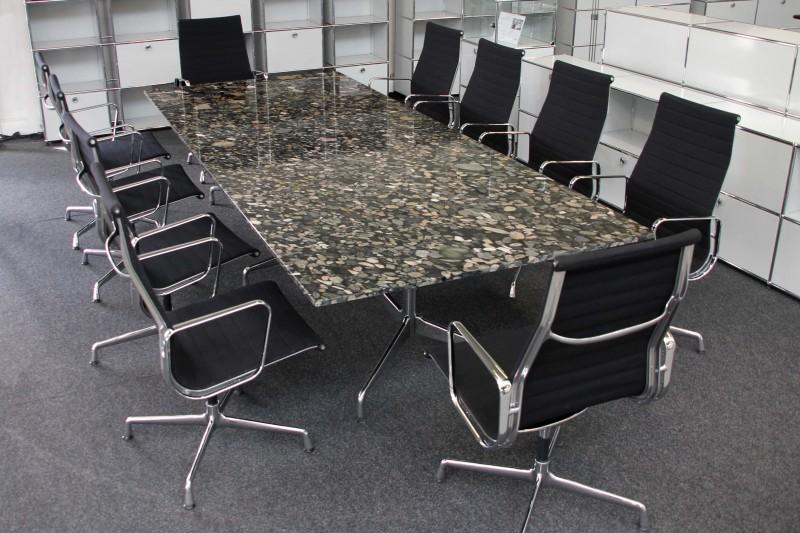 Vitra Konferenztisch Stein / gemustert 300 x 125 cm