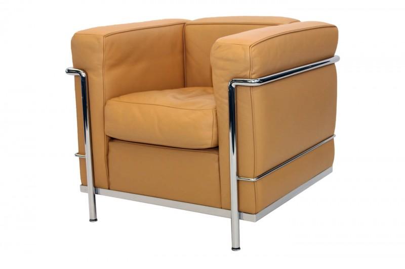 Cassina LC2 Le Corbusier Sessel Leder / Ocker
