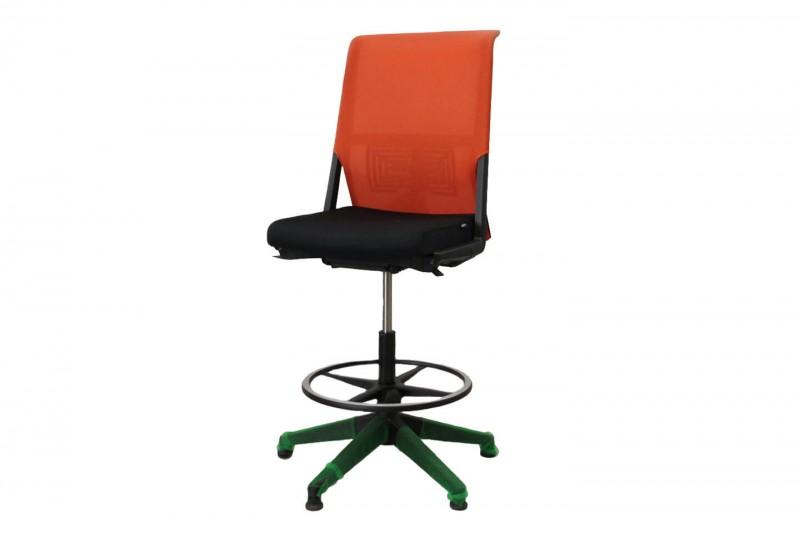 Haworth® Comforto 59 Counterstuhl Netz / Stoff / Orange / Schwarz