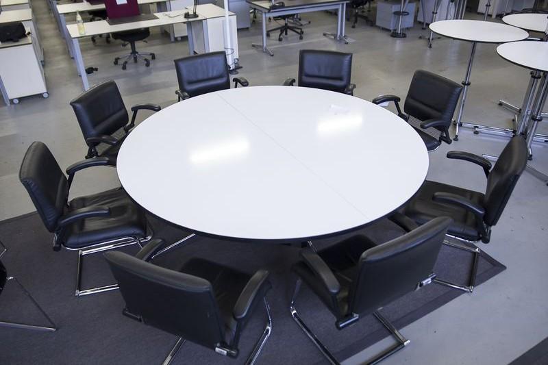 Vitra Konferenztisch Weiß Ø 195 cm