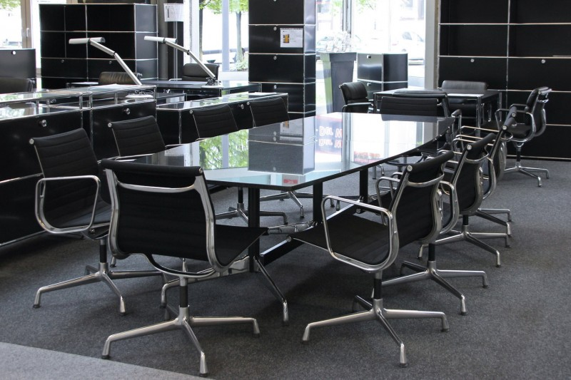 Vitra Conference Table Granite / Black 300 x 125 cm