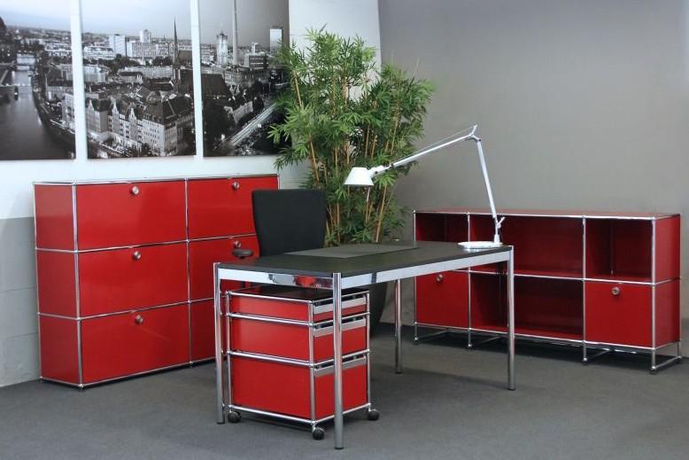 USM Haller Schreibtisch Holz / Schwarz 150 x 75 cm