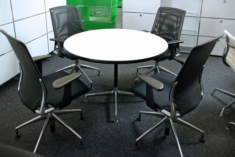 Vitra Konferenztisch Weiß Ø 110 cm