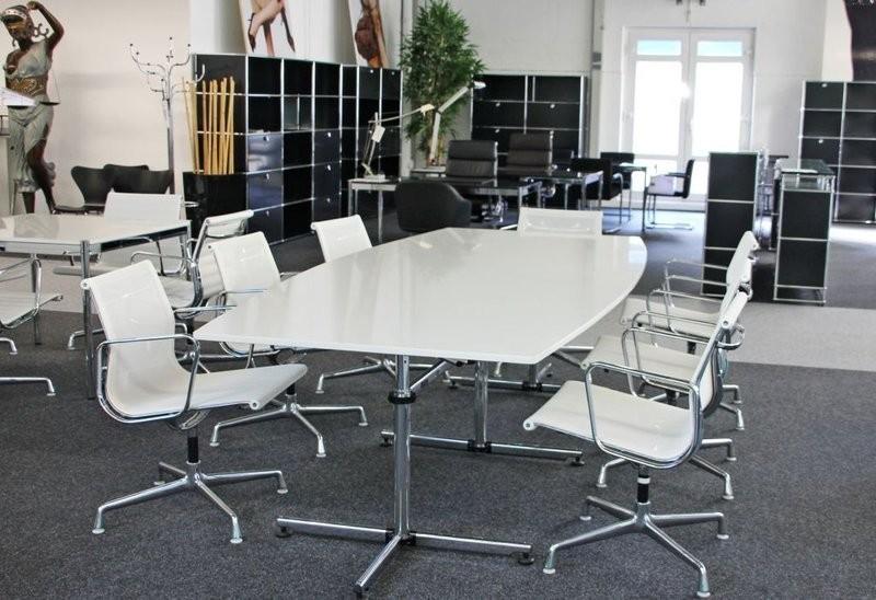 USM-Kitos Konferenztisch Granit / Weiß 270 x 125 cm