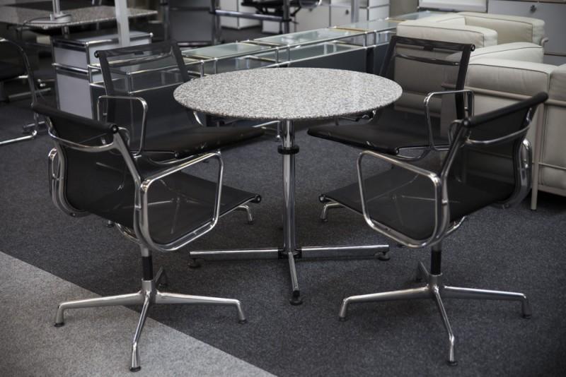 USM-Kitos Konferenztisch Granit / Grau Ø 90 cm