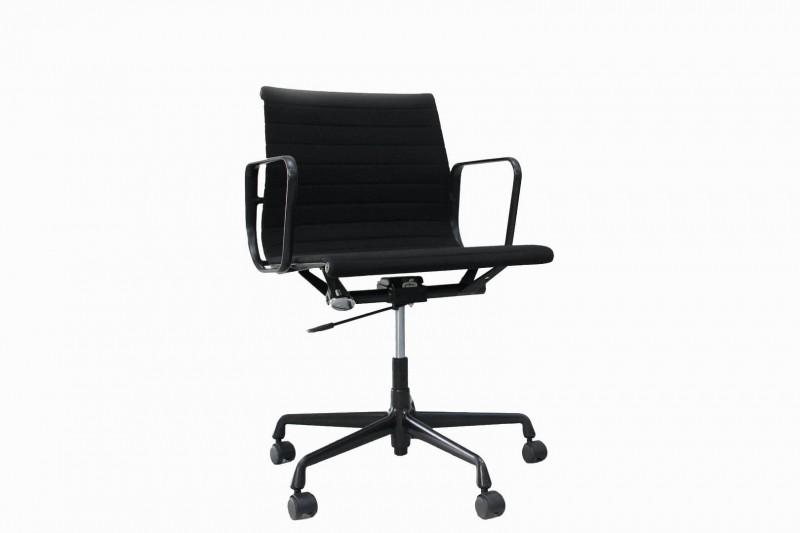 Vitra EA 117 Bürodrehstuhl Hopsak / Schwarz