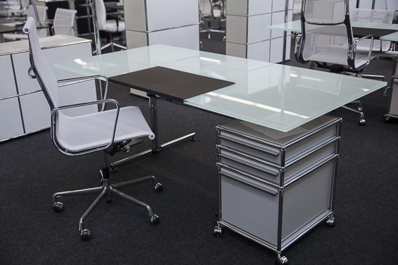 USM-Kitos Schreibtisch Glas / Weiß 200 x 100 cm