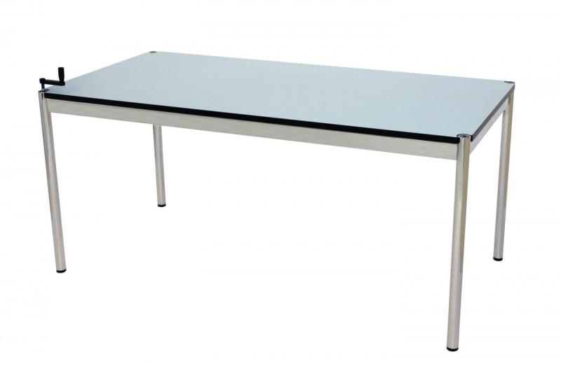 USM Haller Schreibtisch 150 x 75 cm höhenverstellbar Kunstharz / Blau