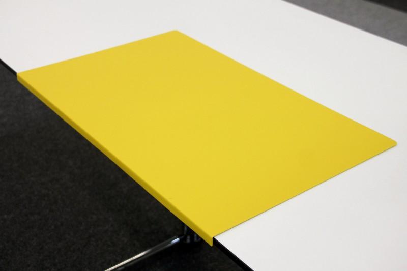 Schreibtischauflage / Schreibunterlage mit Kante Gelb