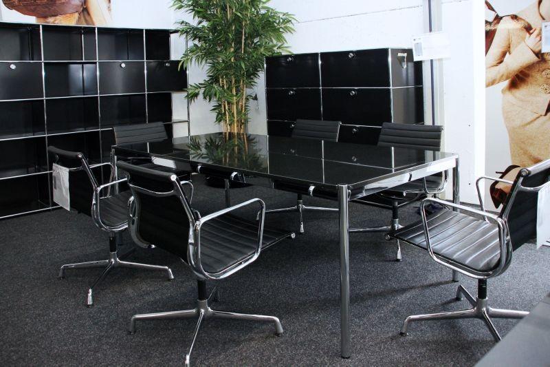 USM Haller Konferenztisch Granit / Schwarz 200 x 100 cm