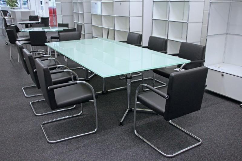 USM-Kitos Konferenztisch Glas / Weiß 240 x 120 cm