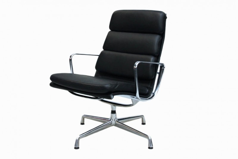 Vitra Soft Pad Chair EA 216 Sessel Leder / Schwarz
