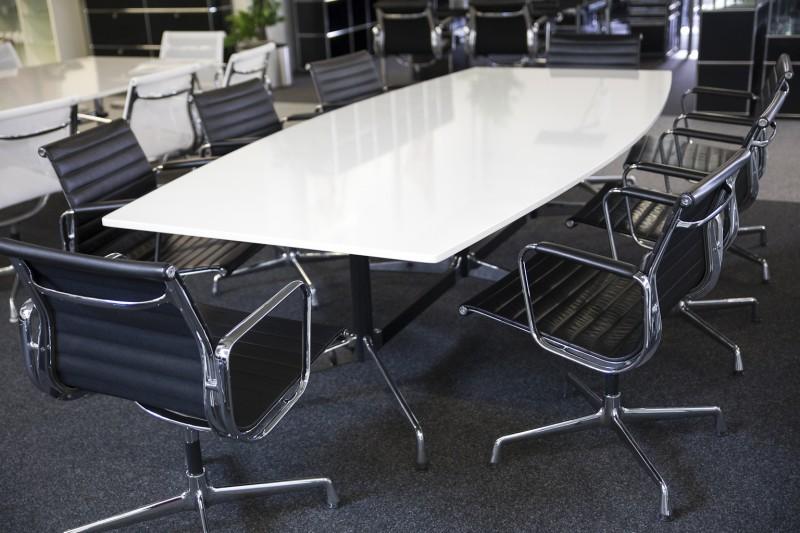 Vitra Konferenztisch Granit / Weiß 270 x 125 cm