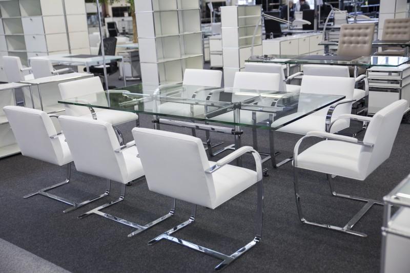 USM-Kitos Konferenztisch Glas 220 x 110 cm