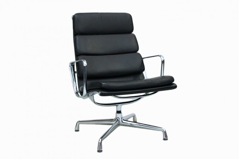 Vitra Soft Pad Chair EA 215 Sessel Leder / Schwarz