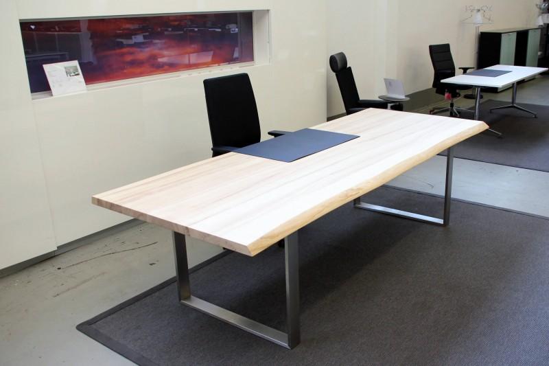 Designer Konferenztisch / Schreibtisch Massivholz mit Kufen Gestell 280 x 107 cm