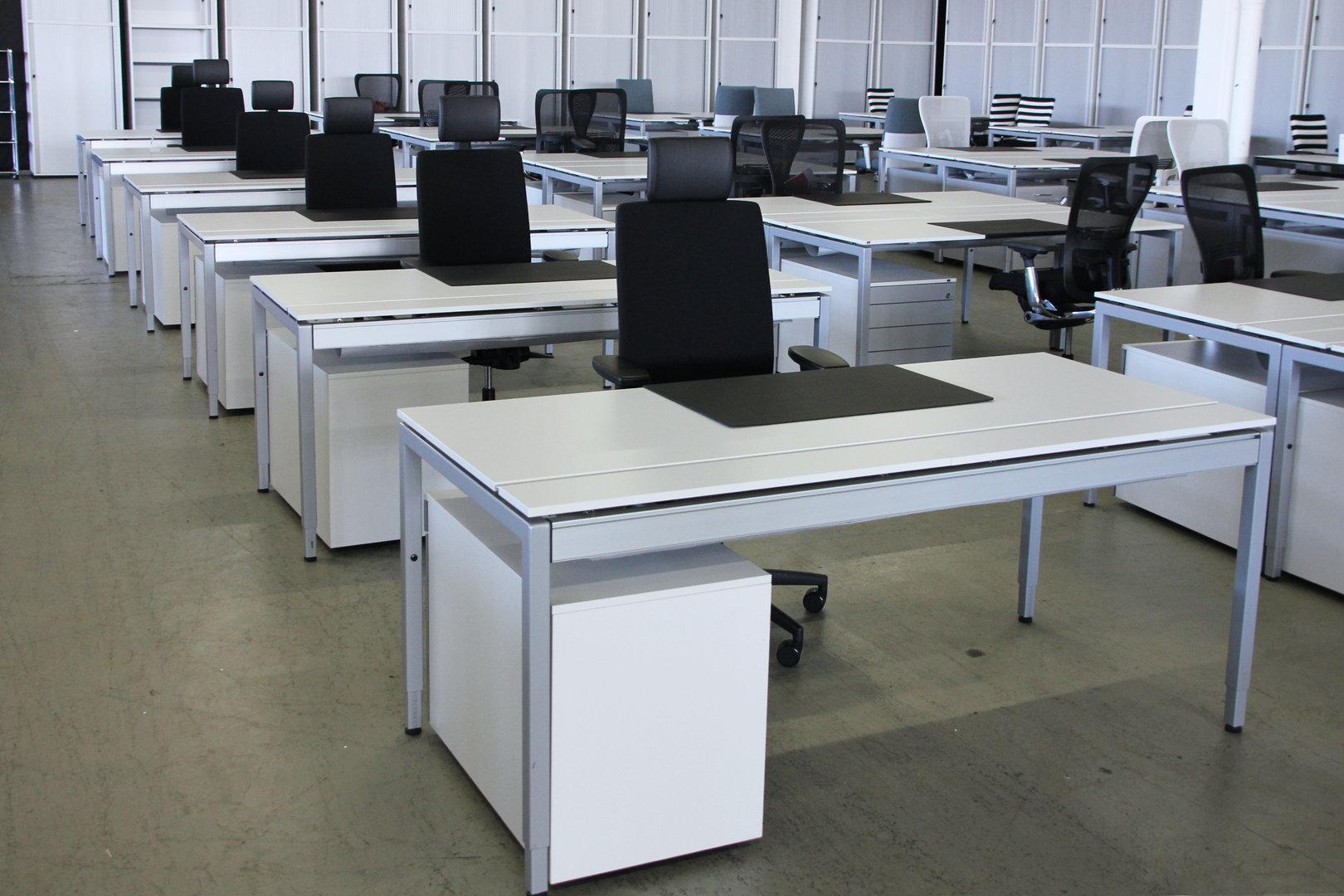 Bezaubernd Schreibtisch Mit Rollcontainer Referenz Von 380,00 €