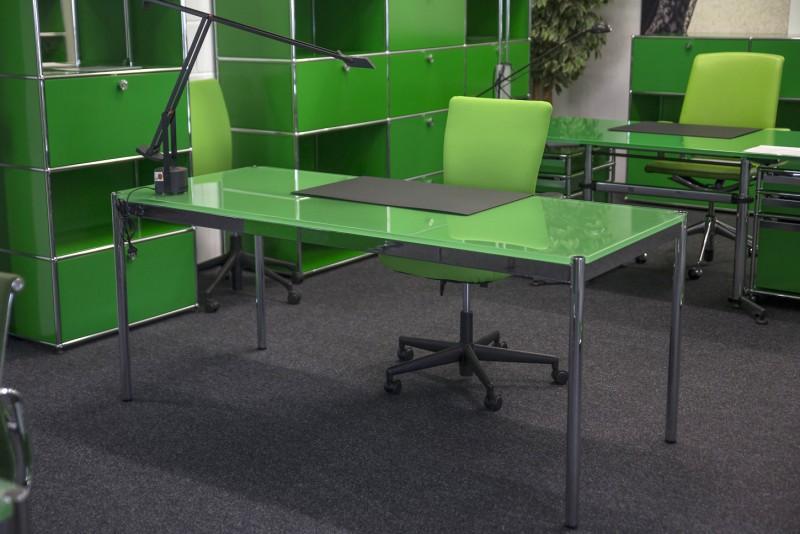 USM Haller Desk Glass / Green 175 x 75 cm