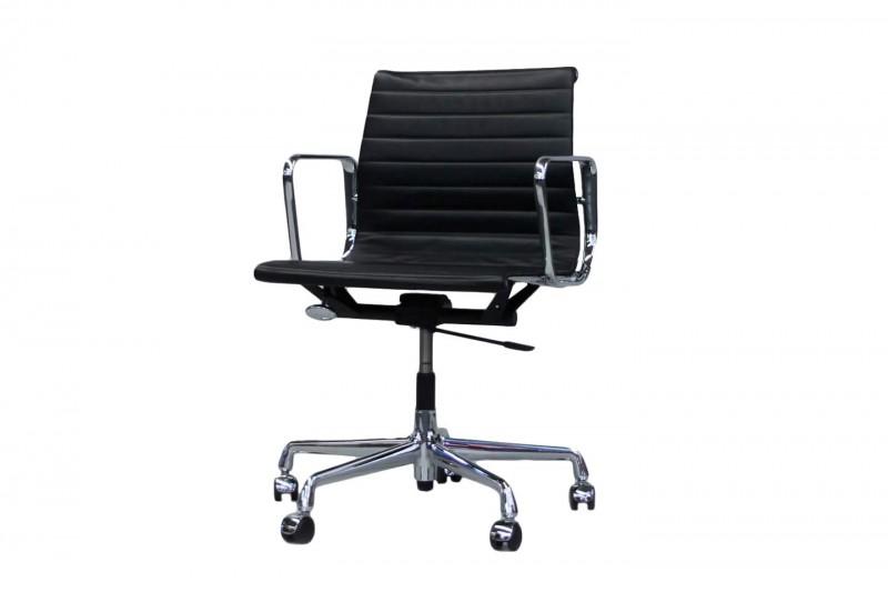 Vitra EA 117 Bürodrehstuhl Leder / Schwarz
