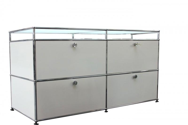 USM Haller Sideboard mit Glastablaren Reinweiß RAL 9010