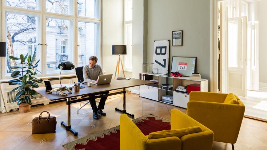 USM-Haller-Schreibtisch-mit-Sideboard5dVxTgEHSPVDj
